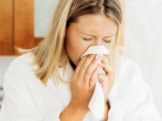 Девушка простудилась