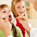 Как избавиться от соплей в горле у ребенка
